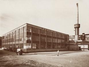 """Architektura modernizmu w fotografii i książce. """"Nowa sztuka budowania!"""" we wrocławskim Muzeum Architektury"""